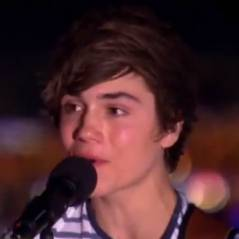 Union J - George Shelley : chopé main dans la main avec une candidate de X Factor !