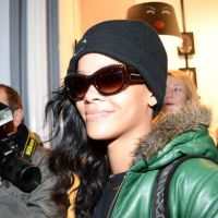 Rihanna à Paris : lunettes noires et séance de shopping avant de mettre le feu en concert ! (PHOTOS)