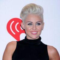 Miley Cyrus : en mode vénère contre un paparazzi (VIDEO)