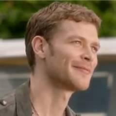 The Vampire Diaries saison 4 : Klaus en mode drague ! (VIDEO)