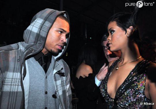 Rihanna n'aime pas que l'on s'en prenne à Chris Brown !
