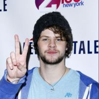 The Wanted : Jay chope une fan en pleine after party ! (VIDEO)
