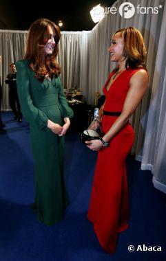 Kate Middleton nous montre un début de ventre rond !