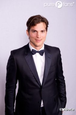 Ashton Kutcher demande officiellement le divorce !