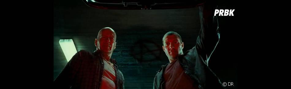 Bruce Willis et jay Courtney dans Die Hard 5