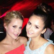Nina Dobrev et Claire Holt sublimes aux Golden Globes