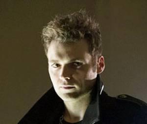 Seth Gabel et sa coiffure horrible arrivent dans Arrow !