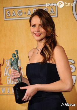 Jennifer Lawrence crée la surprise aux SAG Awards 2013