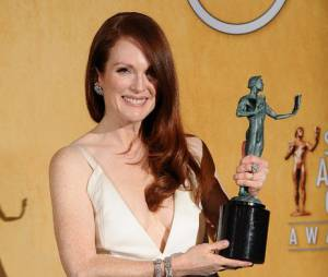 Julianne Moore récompensée aux SAG Awards 2013