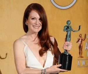 Julianne Moore récompensée aux SAG Awards 2013