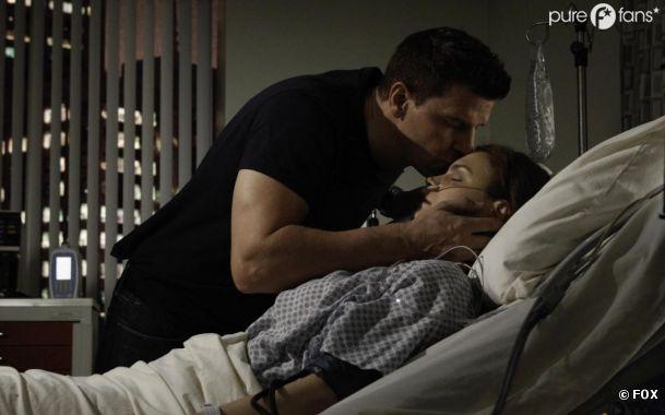 Brennan entre la vie et la mort dans l'épisode 15 de la saison 8 de Bones