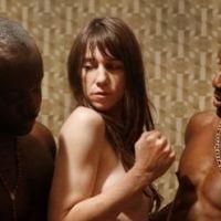 Charlotte Gainsbourg : topless dans un plan à 3 pour Nymphomaniac
