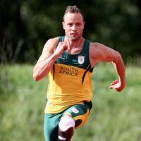 """Oscar Pistorius : tribunal, larmes, et... """"meurtre avec préméditation"""" ?"""