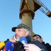 Nantes : après 4 jours, papa est descendu de la grue... et crée la polémique