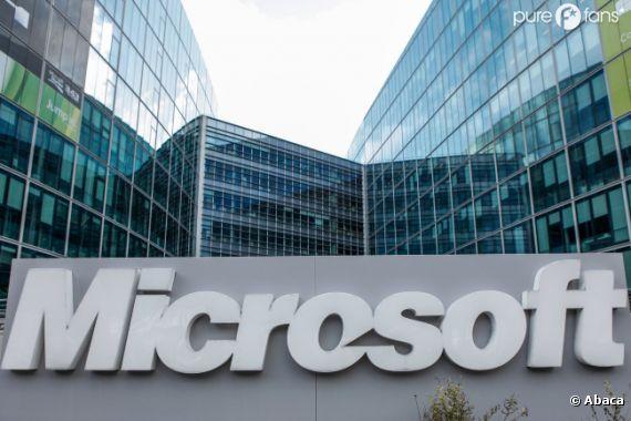 """Après avoir """"tué"""" MSN, Microsoft enterrera Hotmail, bientôt totalement remplacé par Outlook."""