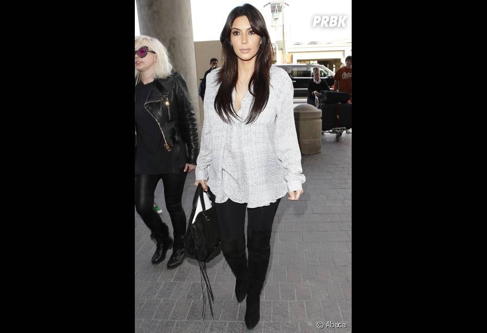 Kim Kardashian va pouvoir mettre ses seins en valeur à défaut de ses fesses