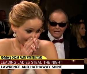 Jennifer Lawrence, surprise par Jack Nicholson dans les coulisses des Oscars 2013