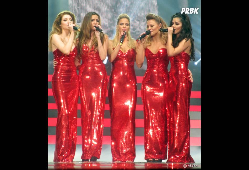 Cheryl Cole et ses copines dans des robes moulantes