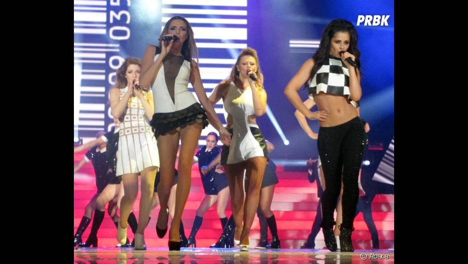 Cheryl Cole a choisi : elle montre ses fesses... ou son ventre
