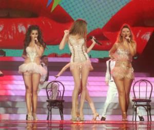 Cheryl Cole, toujours aussi hot avec les Girls Aloud