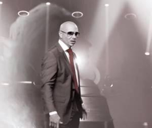 Pitbull présente Fell This Moment avec Christina Aguilera