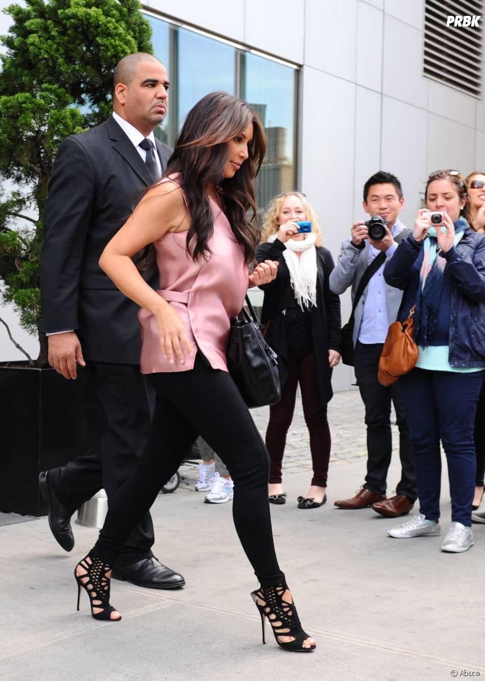 Kim Kardashian aussi aime les leggings