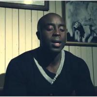 Al Yass et Marc Antoine : Siamois, le clip d'une histoire d'amour fusionnelle