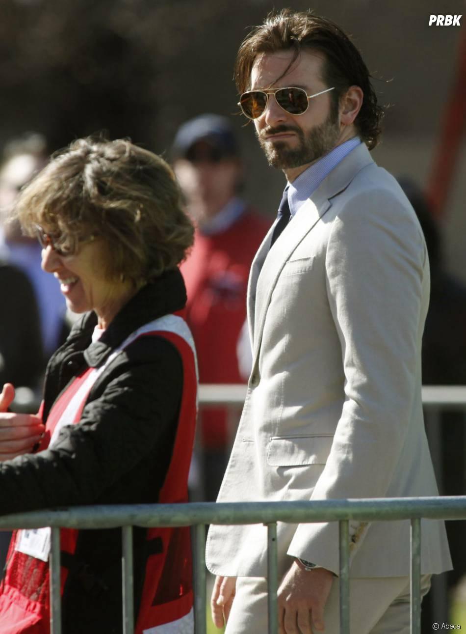 Bradley Cooper a assisté à une cérémonie après les attentats de Boston