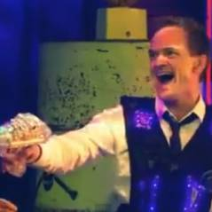How I Met Your Mother saison 8 : Barney de retour au Laser Tag... avec son beau-père (SPOILER)