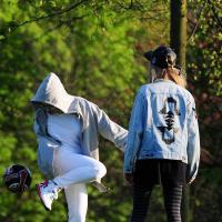Rita Ora et Cara Delevingne : comme des gamines pour une sortie au parc
