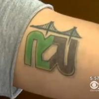Insolite : une augmentation contre...un tatouage !