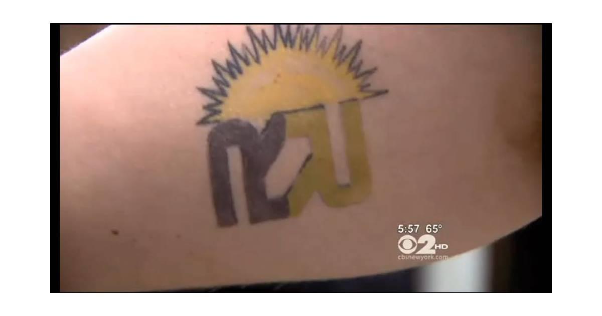 Le tatouage du logo d 39 une entreprise rapporte 15 d for Entreprise qui rapporte