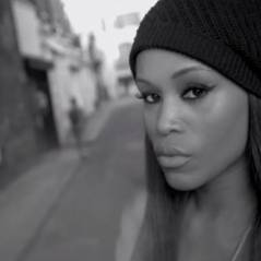 Eve ft Miss Kitty : Eve, le clip urbain et london spirit