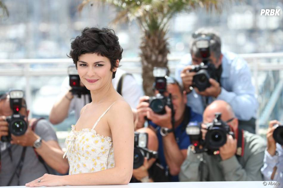Audrey Tautou pas stressée devant les photographes avant l'ouverture de Cannes 2013