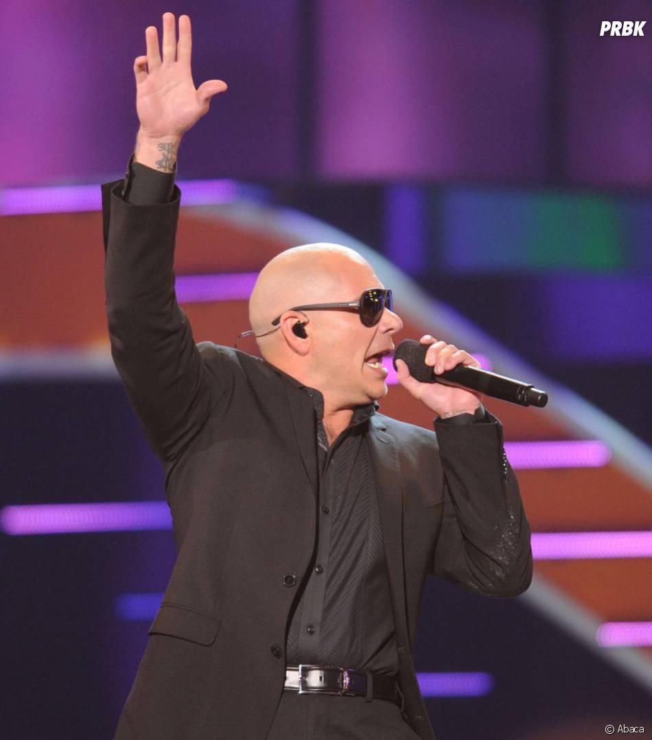 Pitbull s'attire les foudres des fans de Daft Punk