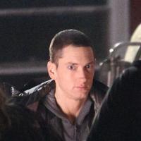 "Eminem poignardé ? Slim Shady dément ""d'entre les morts"""
