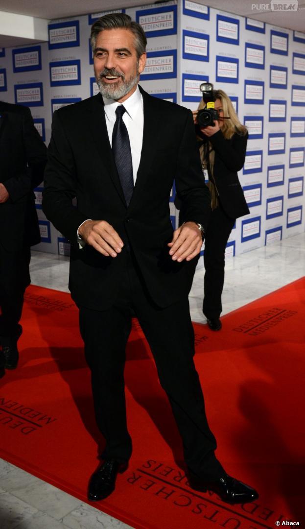 George Clooney roi du sexe dans l'espace  dans Gravity