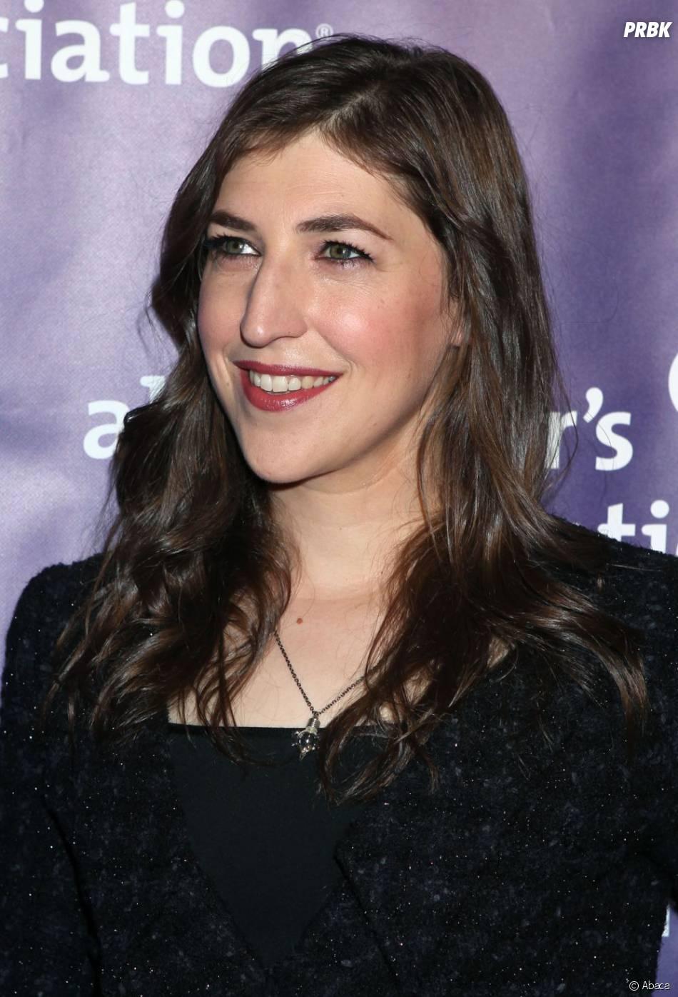 Mayim Bialik lors de la  21st Annual A Night à Los Angeles