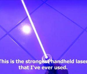 Un jeune homme de 17 ans a crée un vrai sabre-laser