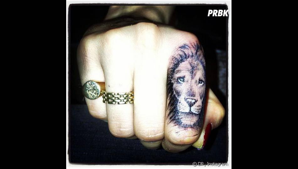 Cara Delevingne a dévoilé, sur Instagram, son tout premier tatouage
