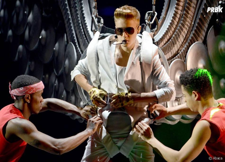 Justin Bieber, toujours prêt à se déshabiller pour ses fans