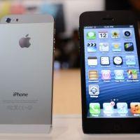 """iPhone 5S et """"low cost"""" : une sortie pour le mois de septembre ?"""