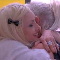 Florine (Secret Story 7) embrasse son chien... avec la langue