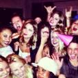 Selena Gomez a fêté ses 21 ans avec Ashley Benson à Los Angeles.