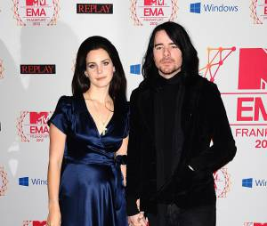 Lana Del Rey et Barrie-James O'Neill aux MTV EMA 2012