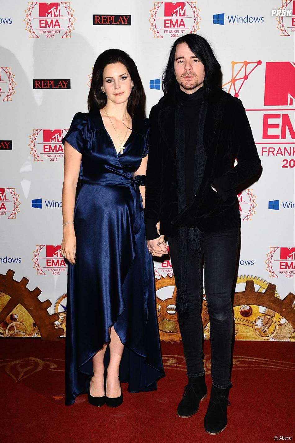 Lana Del Rey et Barrie-James O'Neill aux MTV EMA 2012