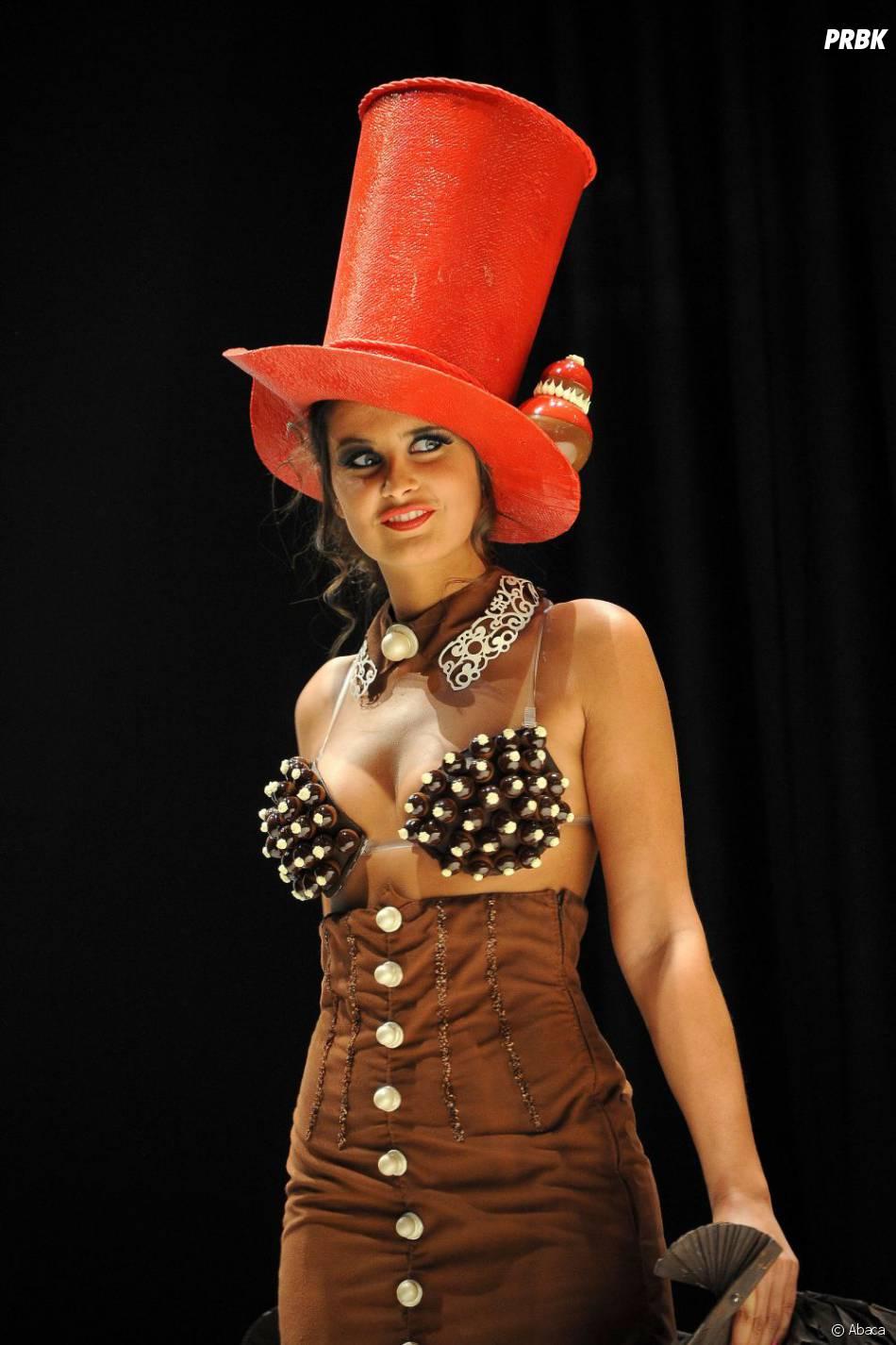 Malika Ménard pendant le Salon du Chocolat 2011
