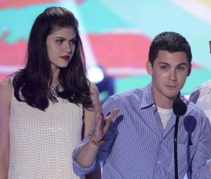 Alexandra Daddario et le cast de Percy Jackson 2, le 11 août 2013 aux Teen Choice Awards