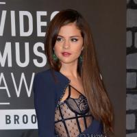 Selena Gomez, Katy Perry... Défilé de décolletés aux MTV VMA 2013