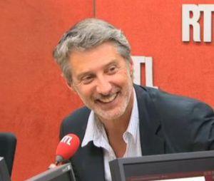 Le Grand Journal : Antoine de Caunes stressé mais impatient de débuter l'aventure sur Canal +.